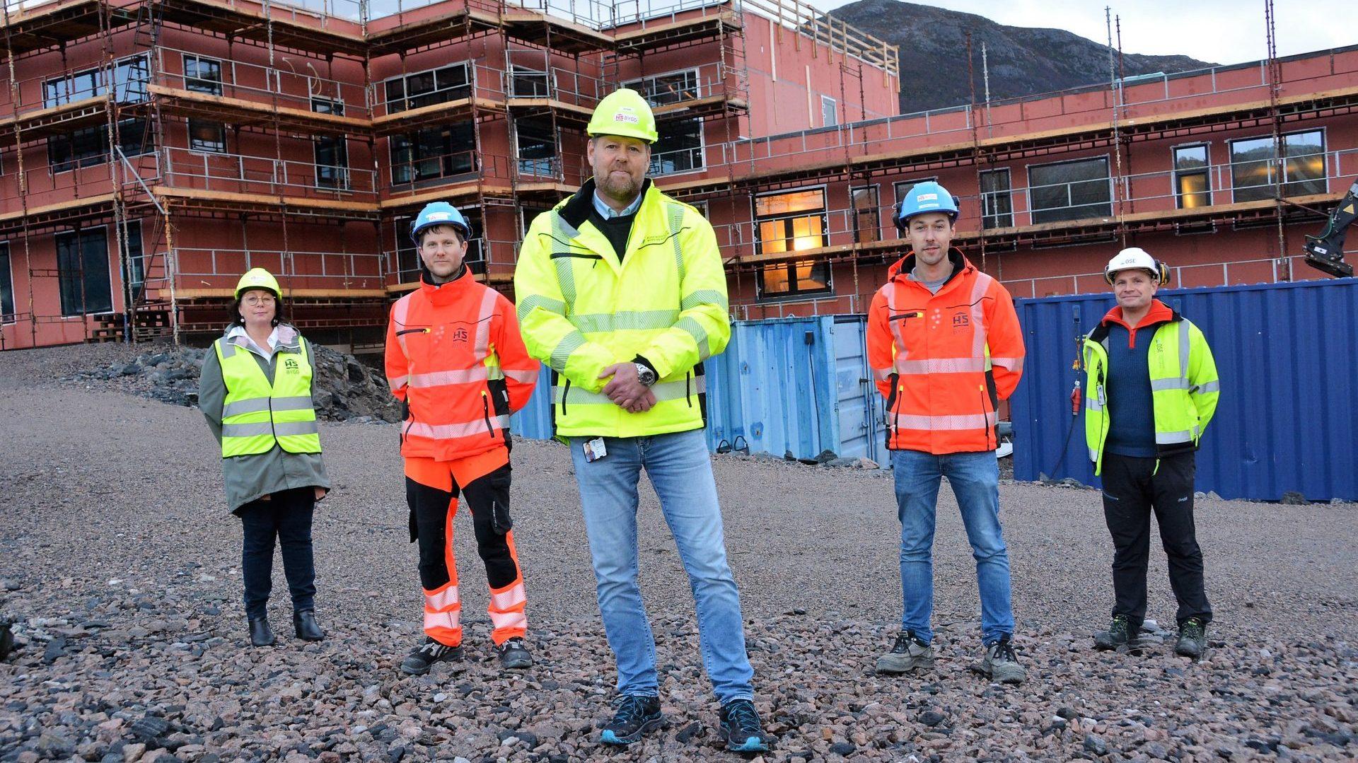 Prosjektansvarlege-for-ny-floy-pa-Kulatoppen-omsorgssenter-i-Kinn-kommune.-Foto-Marianne-S.-Rotihaug_Fjordenes-Tidende